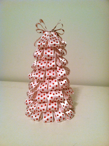 Christmas Ribbon Tree 2