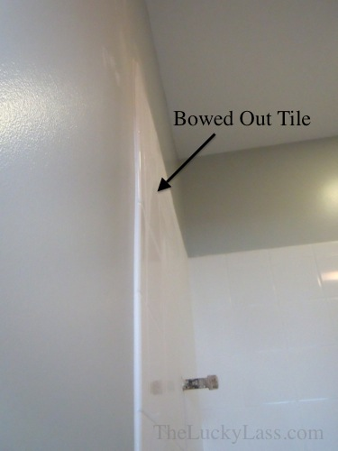 Bowed Out Tile